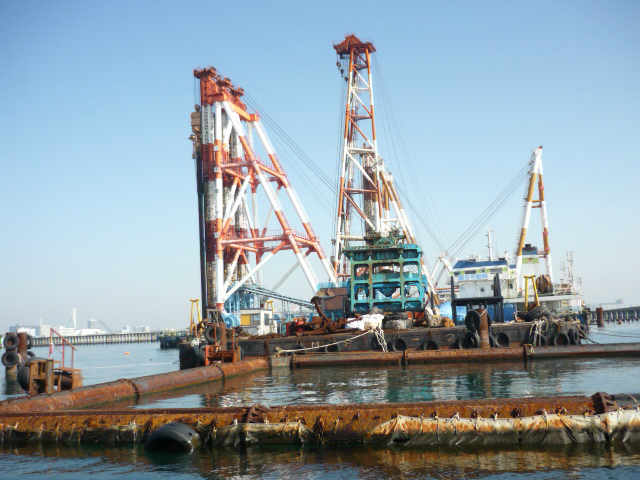 海上建設作業船